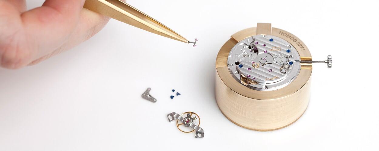 Handgeferetigte Armbanduhren von Nomos Glashütte