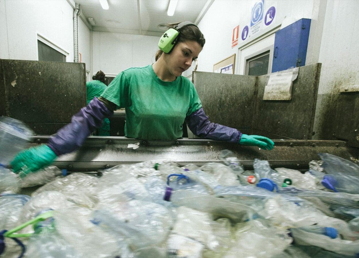 Plastikflaschen wiederverwerten
