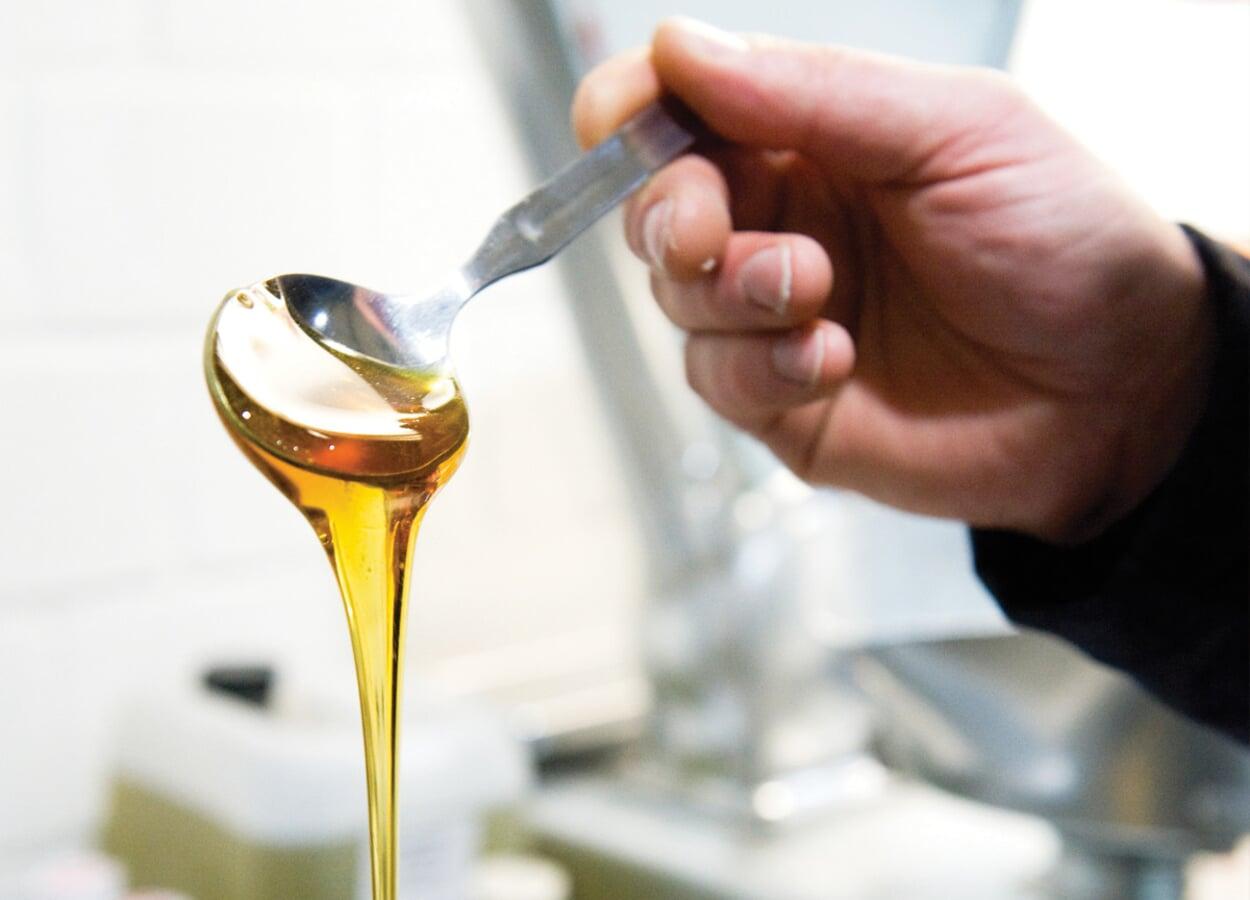 1 TL Honig für die Seifenherstellung