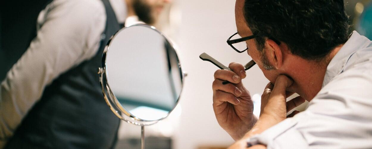 Klassische Rasur mit Rasiermesser