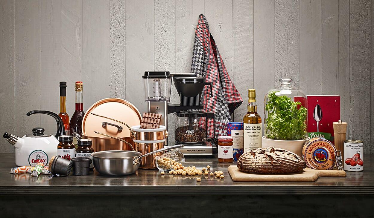 Kitchen & Groceries