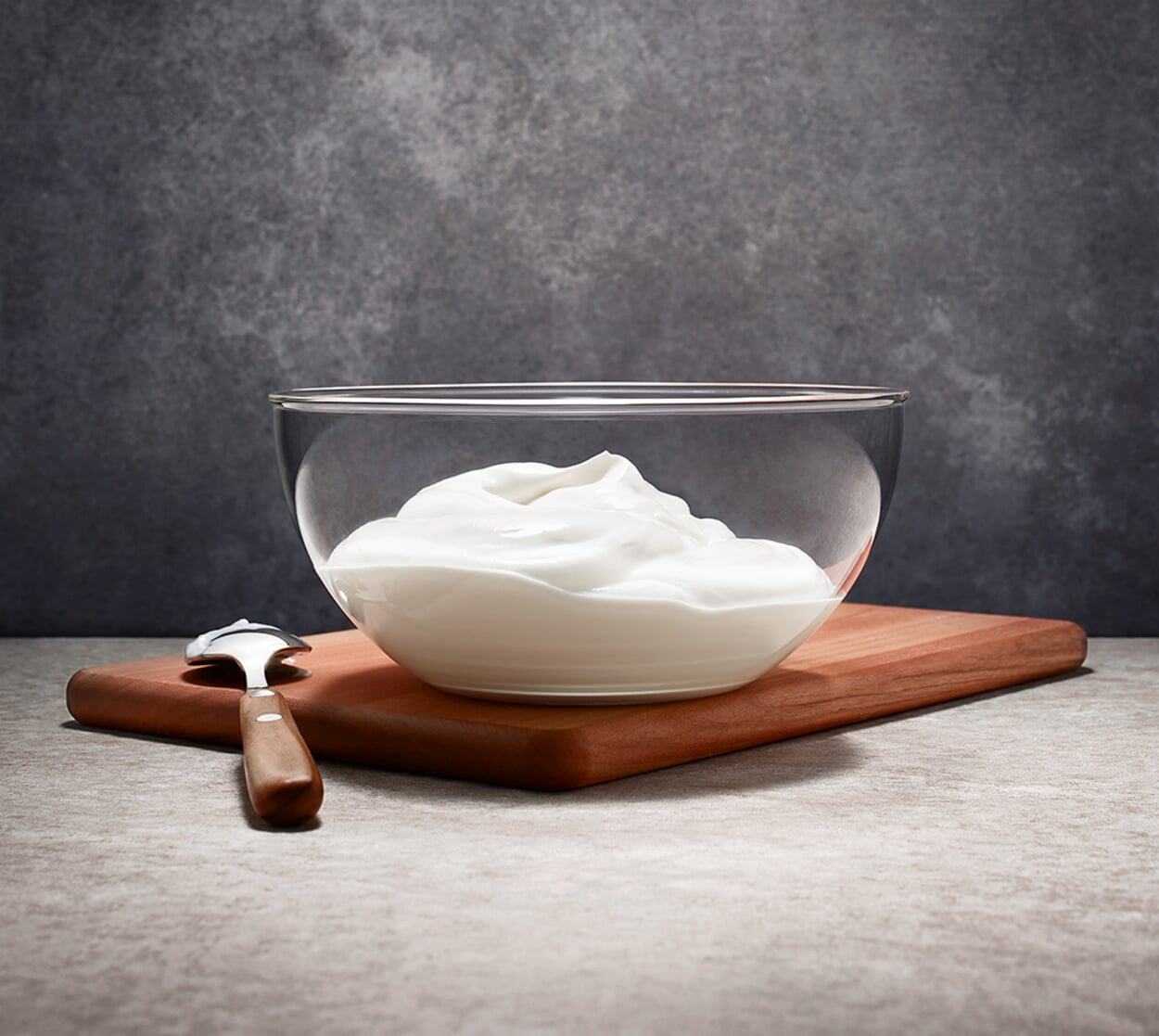 Abgetropfter Bauernjoghurt