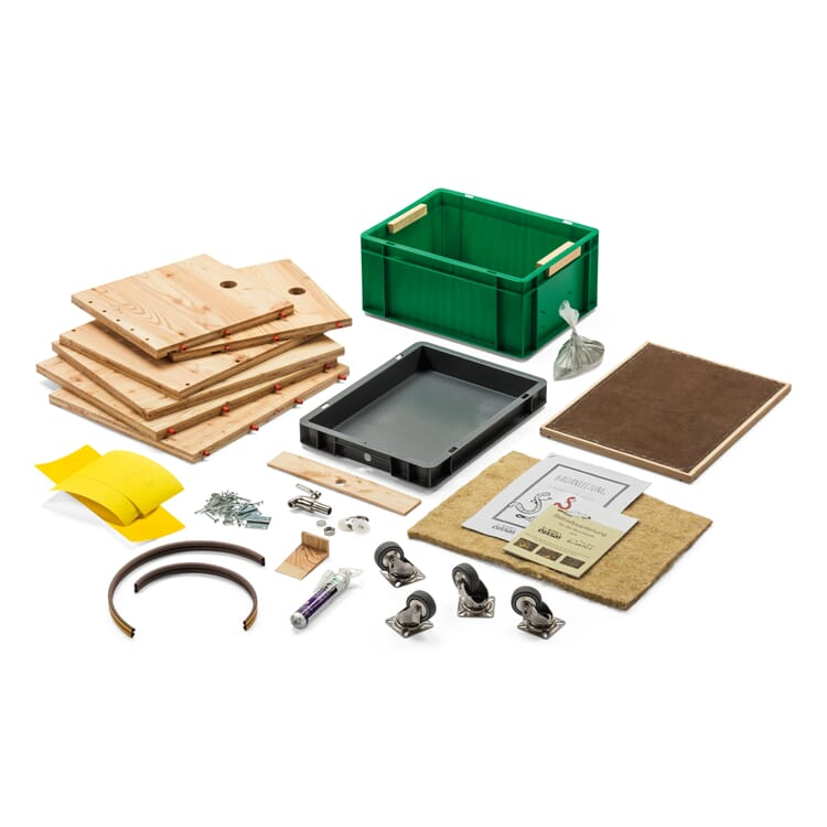 Self-Assembly Kit for the Larch Wood Box for Organic Waste Digesting Worms