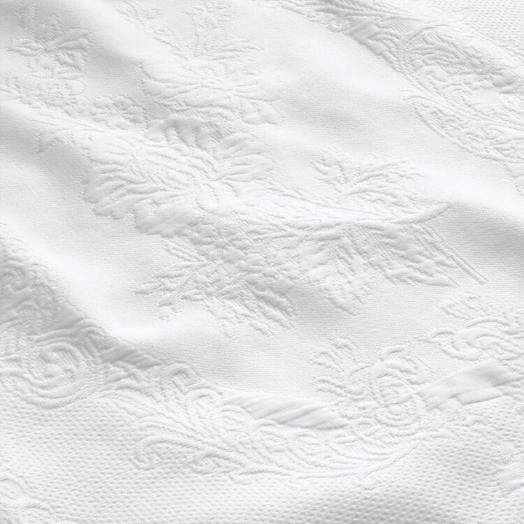 Matelassé Bedspread 180 × 260 cm