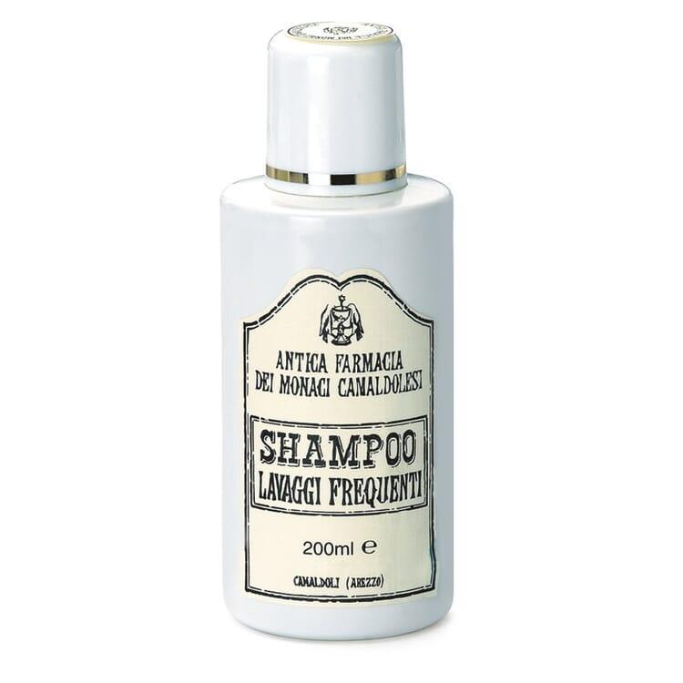 Shampoo für häufige Haarwäsche