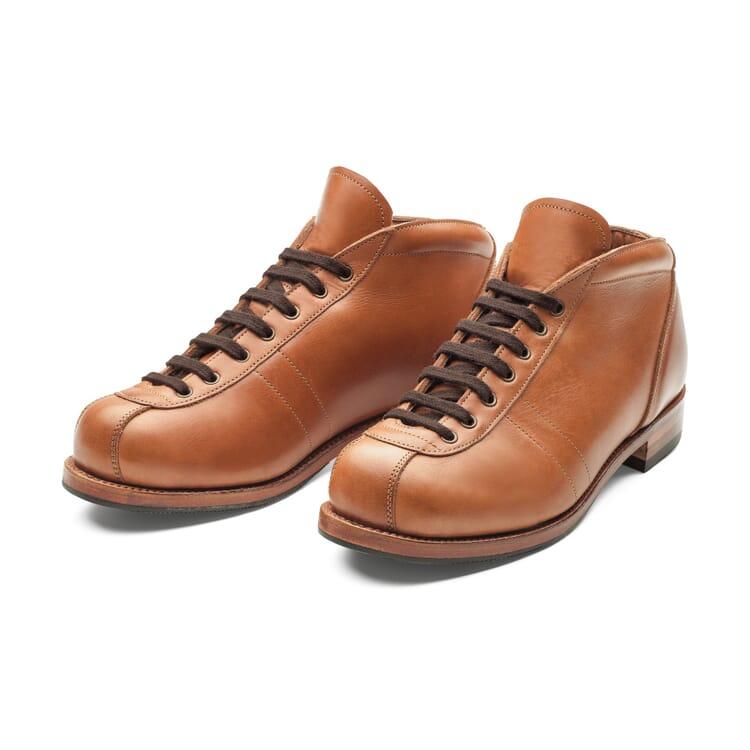 Bertl Lace-Up Frame-Stitched Shoe